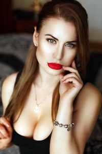 Moldovan dating - Browse 1000s of single Moldovan women interested in dating western men.