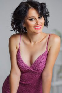 Uzbek Brides - Find Uzbek women for marriage - Date the most pretty Uzbek brides. Meet Hundreds of beautiful brides from Uzbekistan.