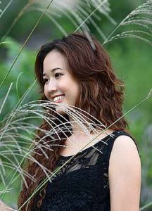 Meet mail order Chinese brides interested in marriage. There are 1000s of profiles to view for free !